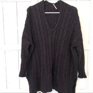 Free people over sized chunky knit sweater medium